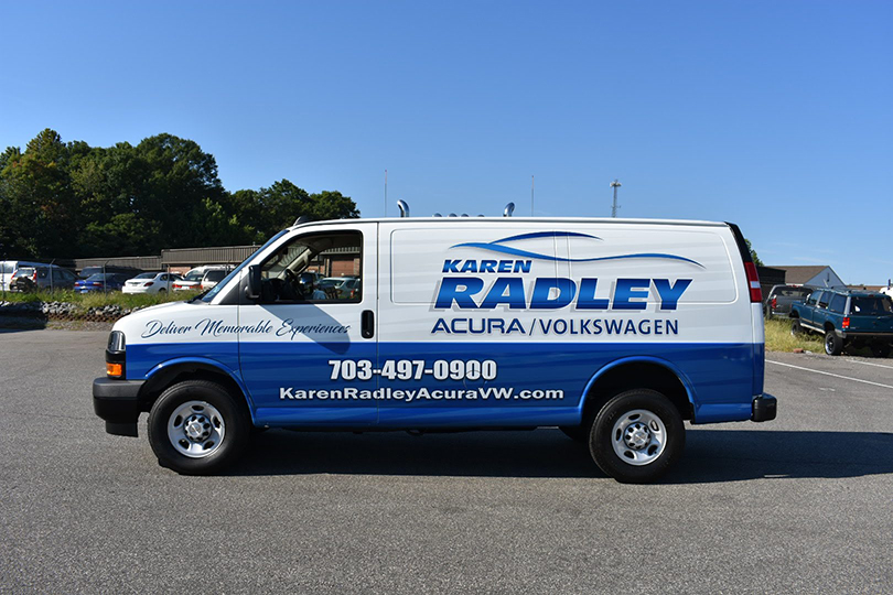 radley-van-vinyl-wrap-side-close